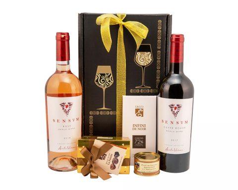 Pachet Cadou Radiant - Vin Rose, Sensum, Aurelia Visinescu; Vin Rosu, Sensum, Aurelia Visinescu, Cuvee Rouge